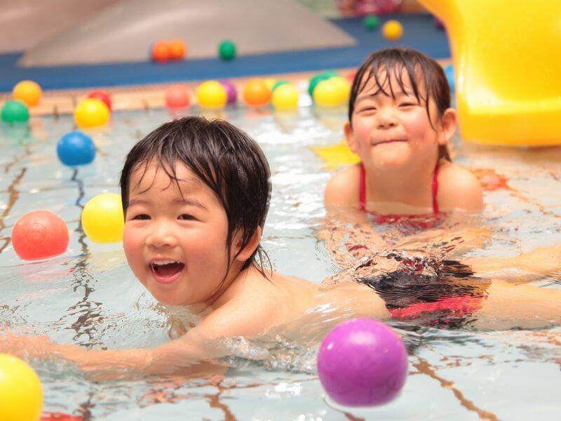 子供が喜ぶ本格的プール施設はこのホテルの魅力