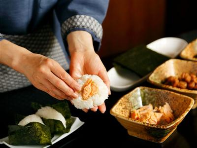 和食から洋食まで種類豊富な料理が並ぶモーニングブッフェ