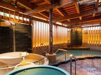 ジェットバスやシルキー風呂、寝湯など多彩な浴槽が魅力