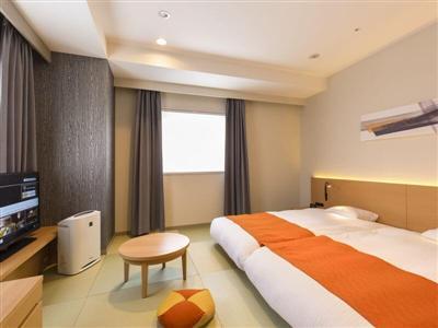 ぬくもりあるインテリアや部屋ごとに異なる多彩な客室が魅力