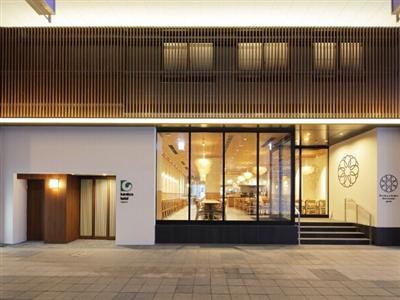 地下鉄大通駅から徒歩約6分、札幌観光に便利な狸小路商店街に隣接