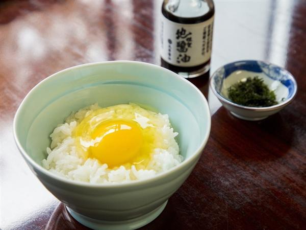 大和屋特製「卵かけご飯」(朝食)