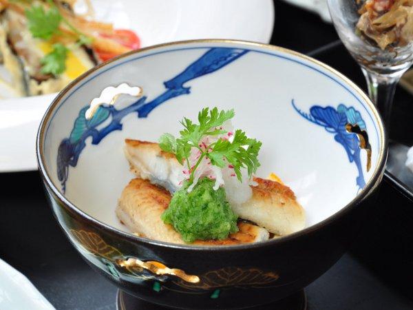 【和食】一品一品が旬の味わいです。<br />