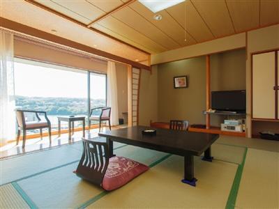 全室南向きのオーシャンビュー客室からは、壱岐の海を独り占め