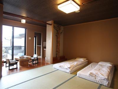 3タイプから選べるグループ旅にも最適な客室