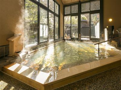 宿泊者専用檜風呂