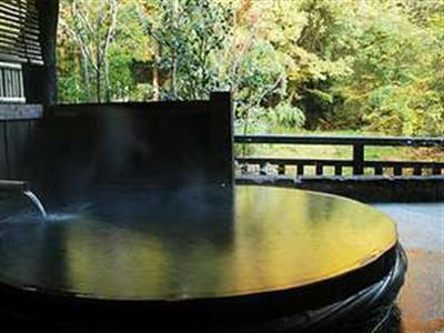 趣異なる7つの温泉で、湯巡りを楽しむ
