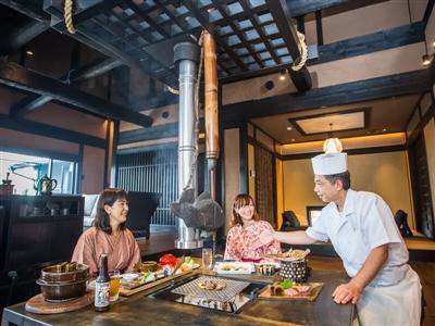 旬の食材を取り入れた和食中心の華やかな夕食