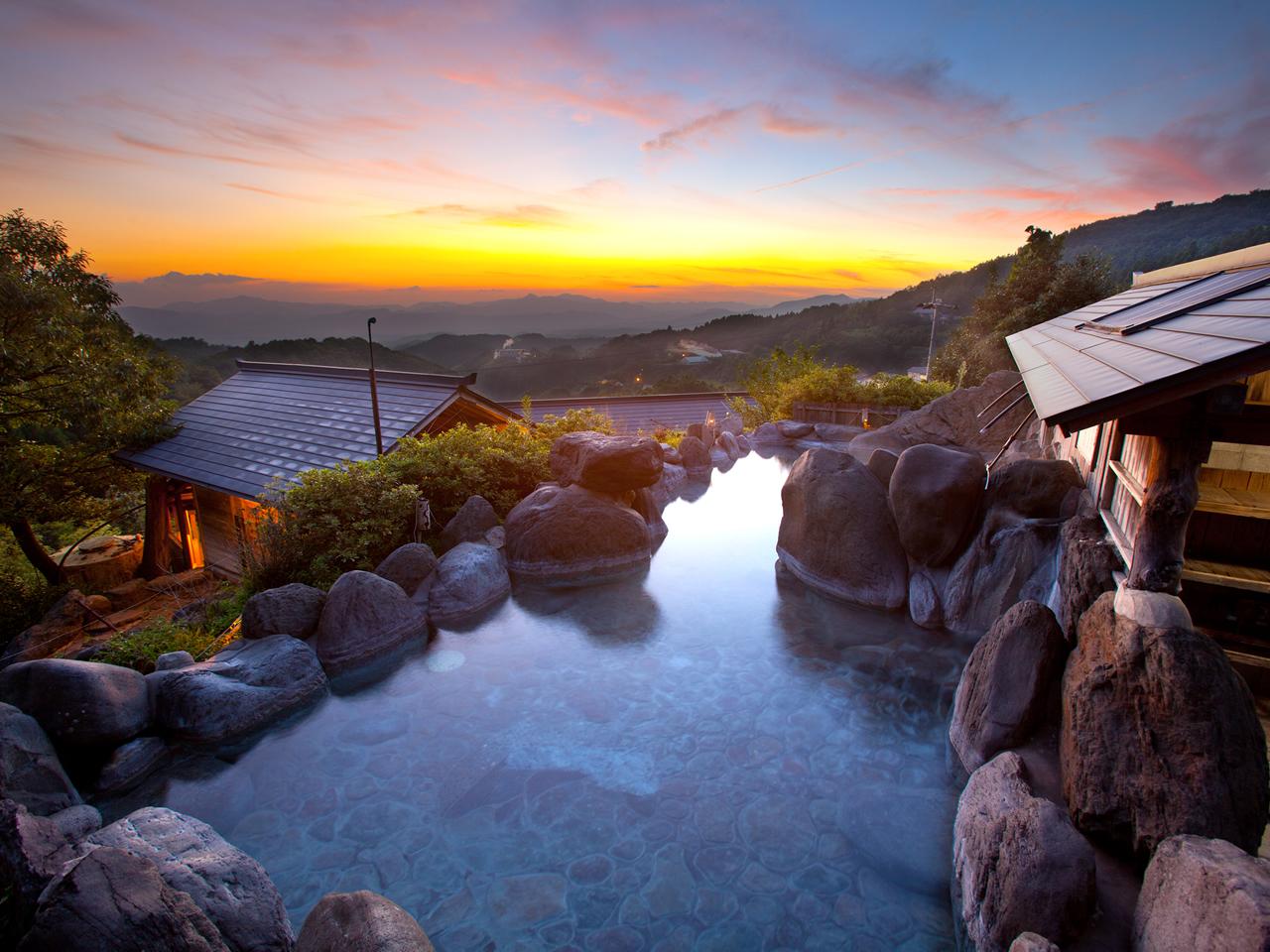 混浴露天風呂は、小国町でも最も高台にある