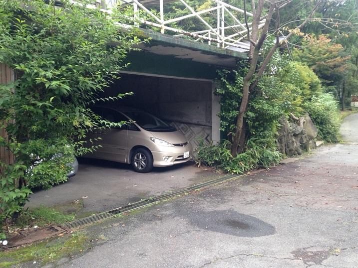 屋根付きのガレージがあり(5~6台)ライダーにも安心!