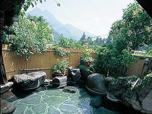 由布岳が眺められる貸切露天風呂