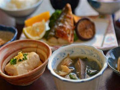 朝食例/地元の食材を使ったカラダに優しい手作りの朝食