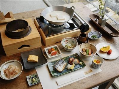 素材の味をそのままに、地元食材を使った朝ごはん