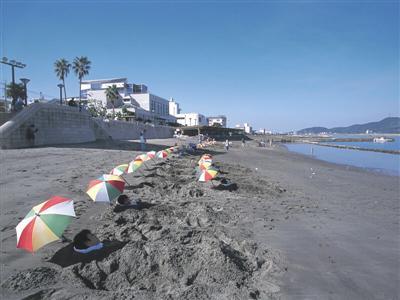 宿の海辺で、全国的にもトップクラスの天然砂むし風呂を堪能
