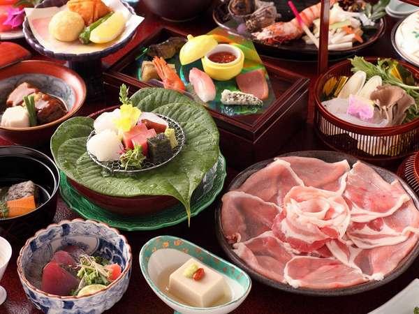 料理長が腕を振るう旬の食材を使った季節の和食会席プラン