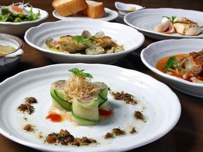 ■創作洋食コース一例■旬の食材や手作りの無農薬野菜をふんだんに使用。