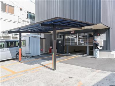 44台収容可能の立体駐車場(1台500円)