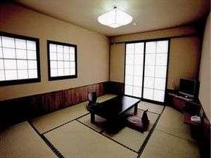落ち着く空間が広がる「めじろ」の客室