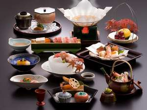 【夕食】懐石料理の一例