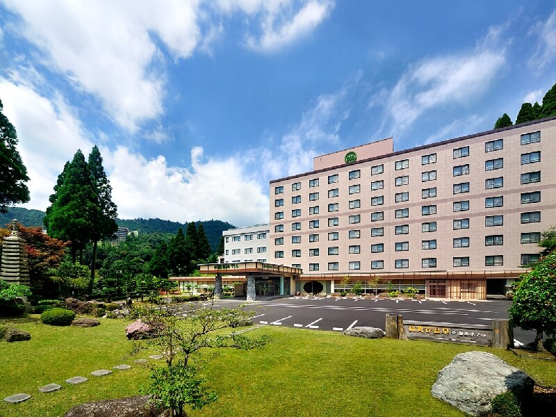 大自然に囲まれた霧島ホテル、日々の疲れをリフレッシュできる宿