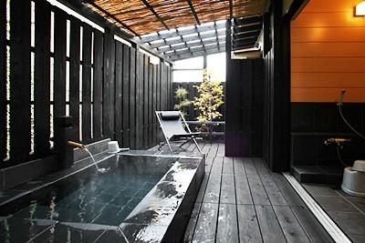 一戸建て離れ専用 内湯付き露天風呂