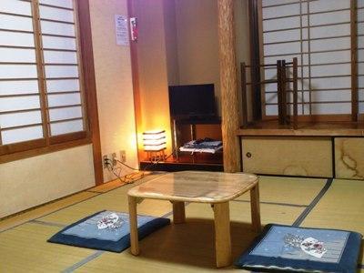 和室でゆっくり体を休めて
