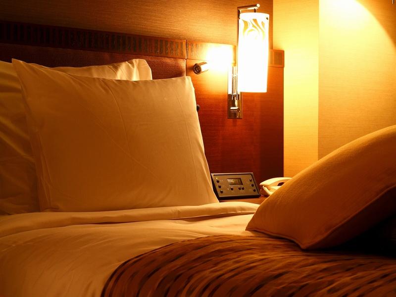 高さや硬さが選べる6種類の枕の貸出あり