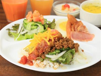 沖縄の食文化を楽しめるククル(心)おどる朝ごはん