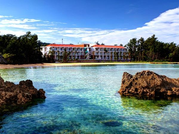 全室オーシャンビュー☆青の洞窟近く、隠れ家的佇まいのプチリゾートホテル