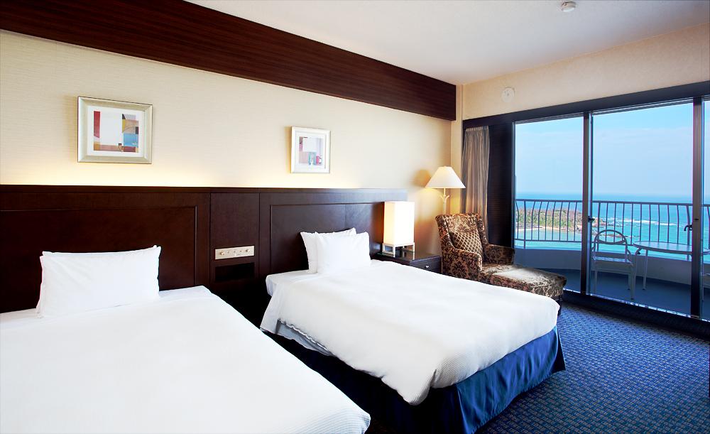 海側の部屋は海が眺めやすいテラス付き