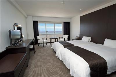 東シナ海の美しい海を満喫できる、オーシャンビューの客室