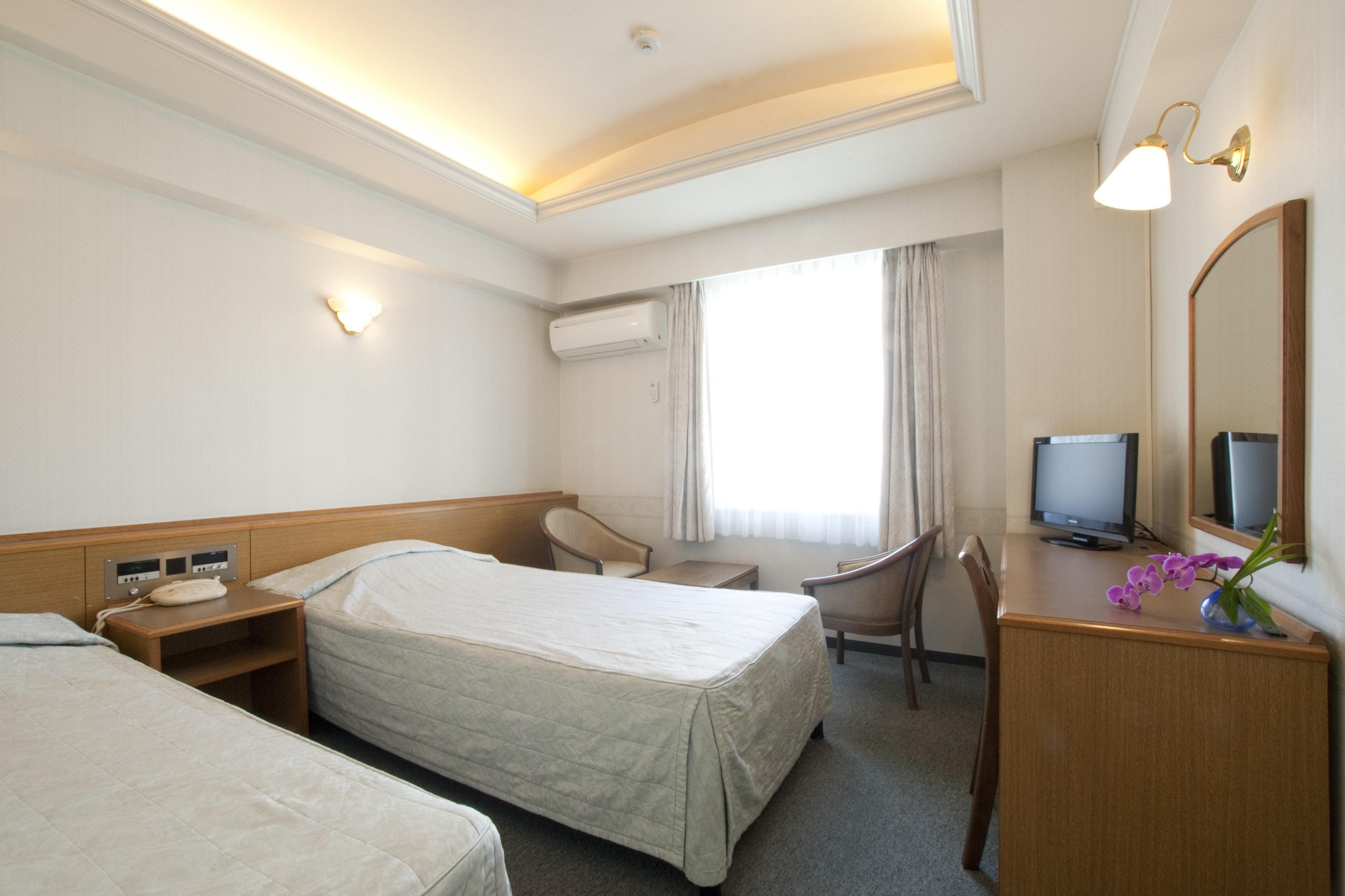 ツイン(客室一例)/一人旅やカップルでのご宿泊に最適!