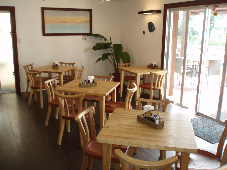 朝食会場のレストラン カフェ&バー 「ヴィアンヴィアン」