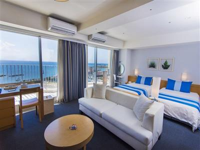 カップルや家族・グループ旅行にも最適なリゾート感ある客室