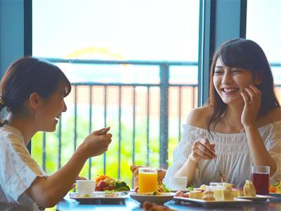 好みに合わせて選べるホテル自慢の朝食で1日を元気にスタート