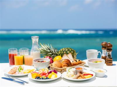 シェラトンならではのクオリティで、リゾート気分を満喫できる朝食時間