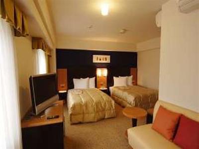 快適なデラックスツインルーム。マッサージチェア付きのお部屋もございます