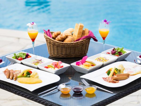 おいしい食事が滞在をより楽しみなものにします。
