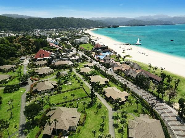 1キロの天然ビーチと島の森に囲まれた、コテージヴィラタイプのリゾート