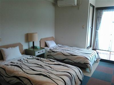 洋室や小上がりで寛げるタイプや、トリプル、テラス付きの客室もある