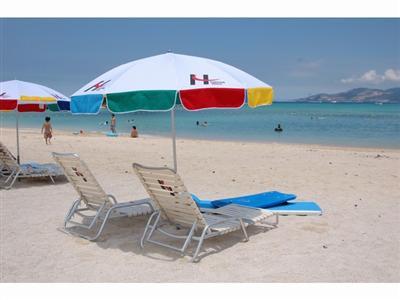 沖縄の海を満喫!季節毎に楽しみ方が変わるかりゆしビーチ