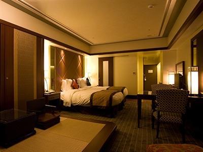 8階以上のエグゼスフロアに宿泊すると専用ラウンジが無料で利用できる