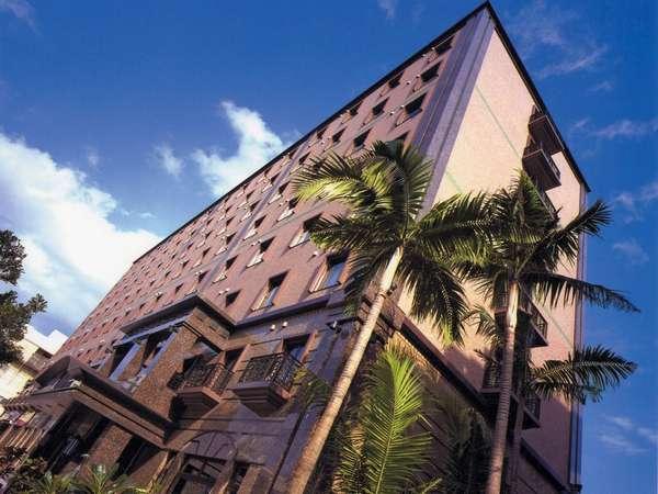 ビジネスホテルの常識を変えた都会のオアシス