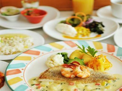 沖縄食材を使用した、地元客にも人気の創作イタリアン