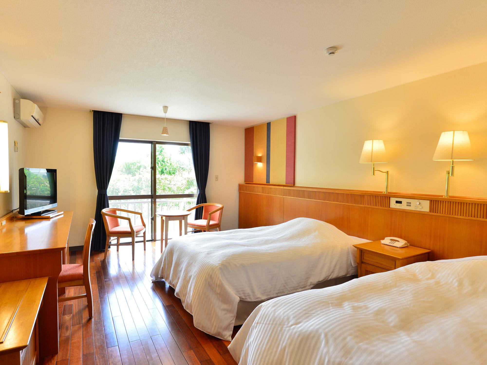 琉球赤瓦コテージタイプの部屋。一棟式なので隣を気にせず楽しめる