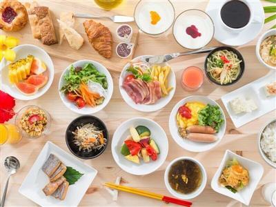 和洋中琉が揃う朝食ブッフェ