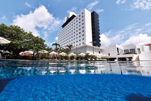 石垣島の中心に位置する「アーバンリゾートホテル」