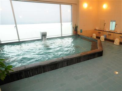 ミネラル豊富な癒やしの大浴場