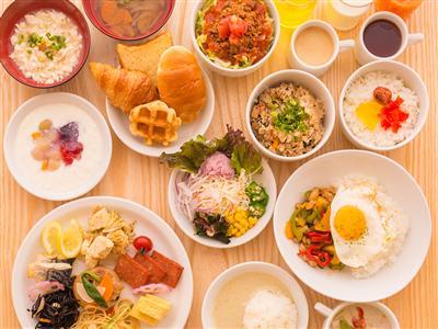 本格的なアジアン料理が盛りだくさん!ホテル自慢の朝食ブッフェ