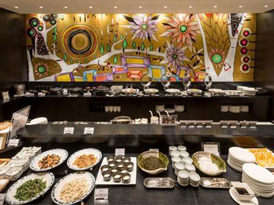 約50種類の品数を揃えた和洋ビュッフェスタイルの朝食